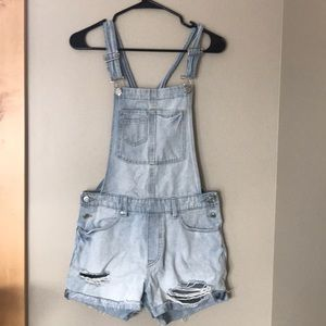 H&M overall shorts. Gently used. Size 4